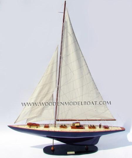 Endeavour Boat Model