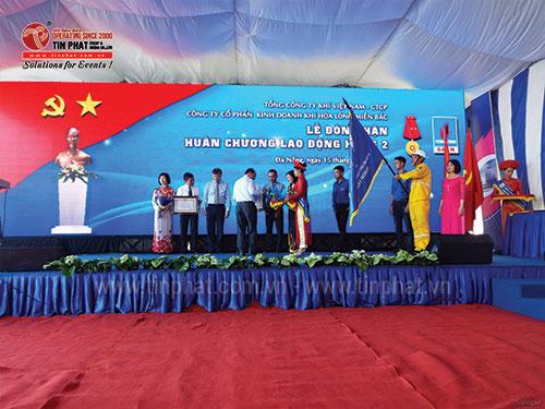 Organizing medal ceremony