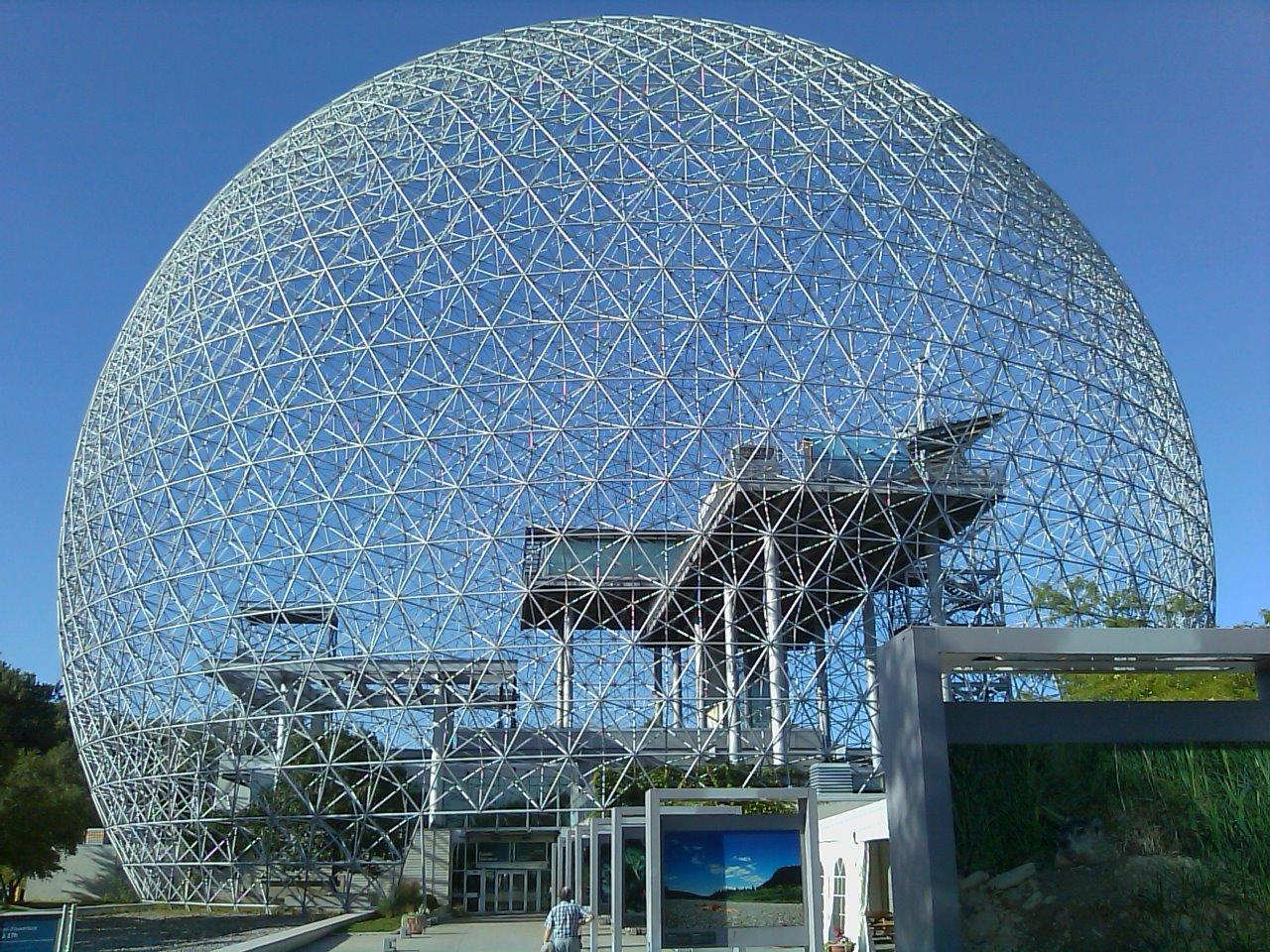 Geodesic steel structure