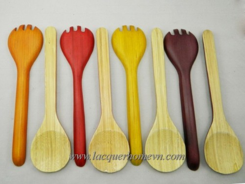 Bamboo lacquer spoon