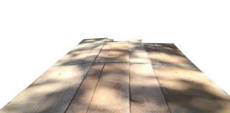 Red oakwood